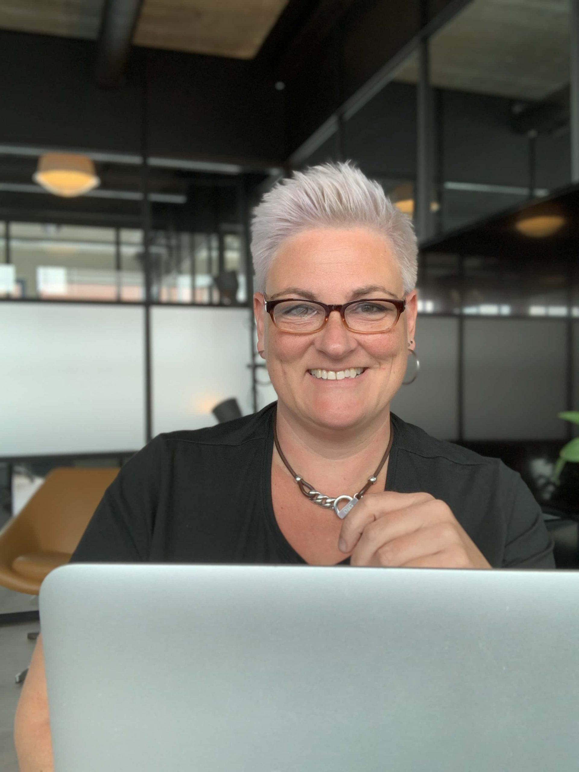 Helen van Rijn-Kantoor HelenHelpt